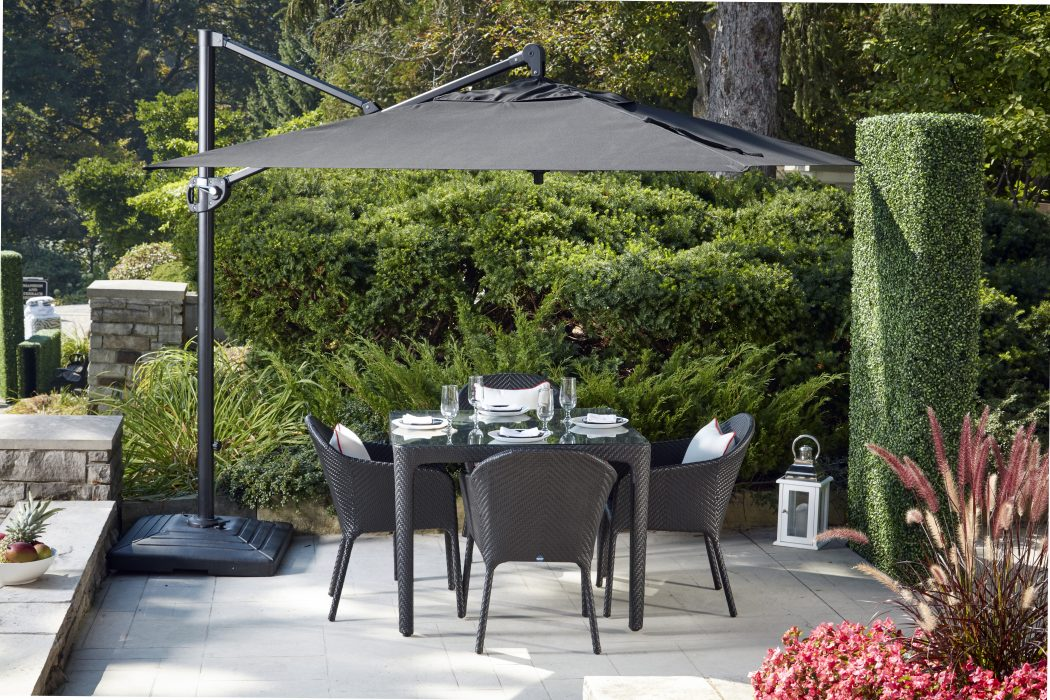Curve Square Dining Set with a Cantilever Umbrella
