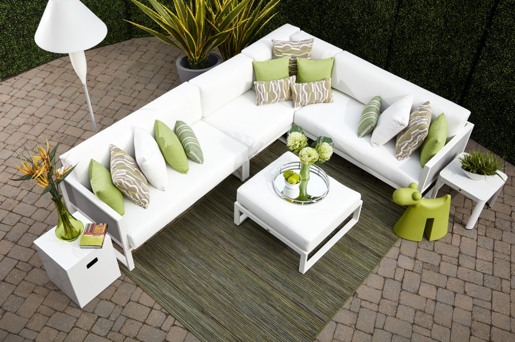 Madrid Sectional in White