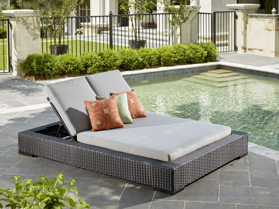 Vineyard Double Chaise Lounge