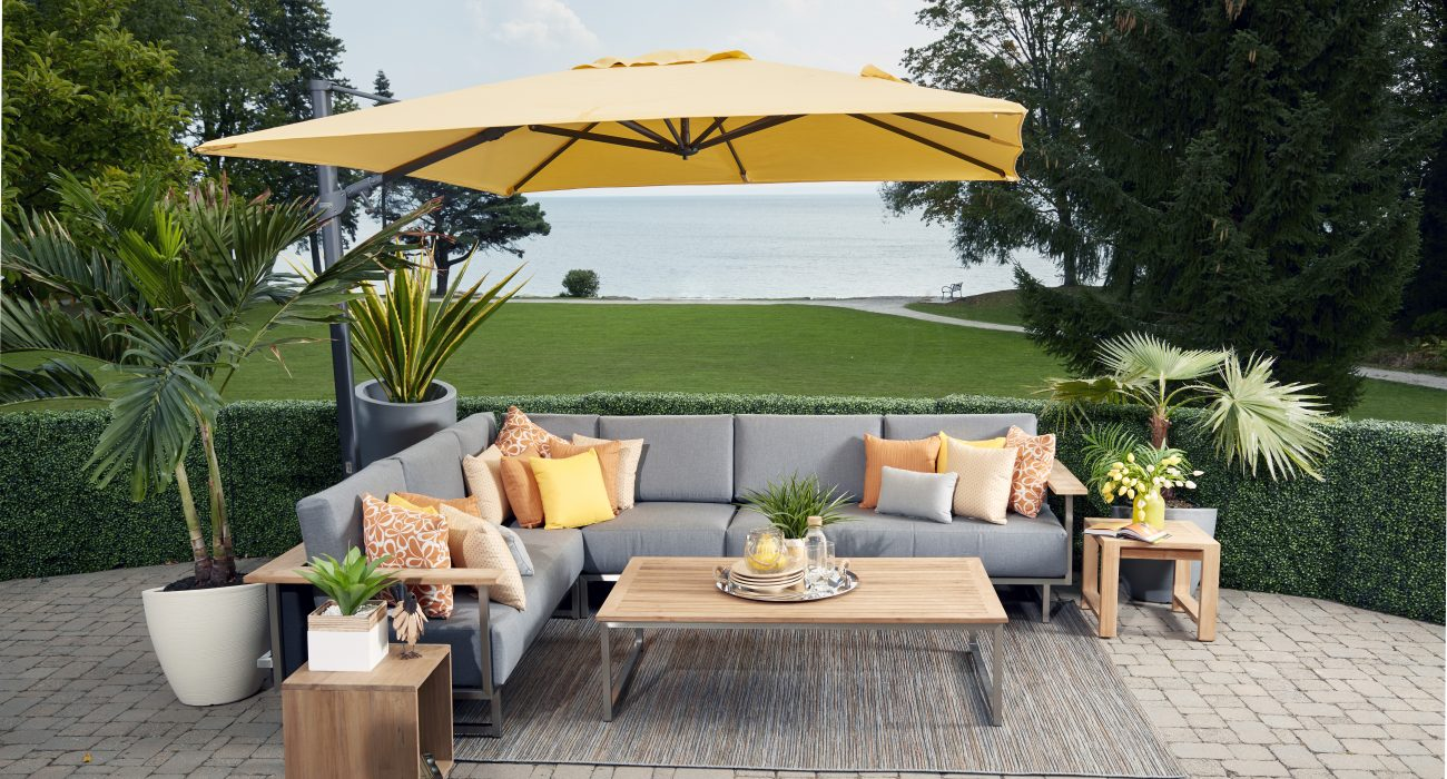 X9 Sectional with a Cantilever Umbrella