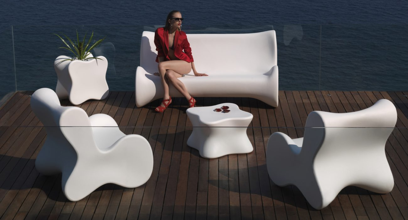 Vondom Doux Coffee Table and Planter in White
