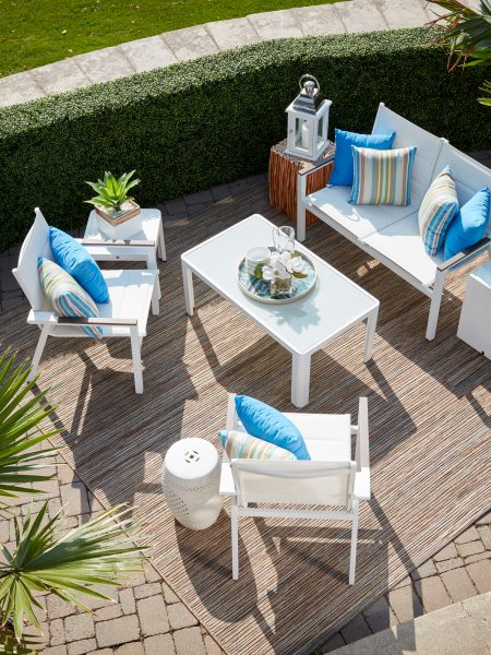 La Paz Deep Seating in White