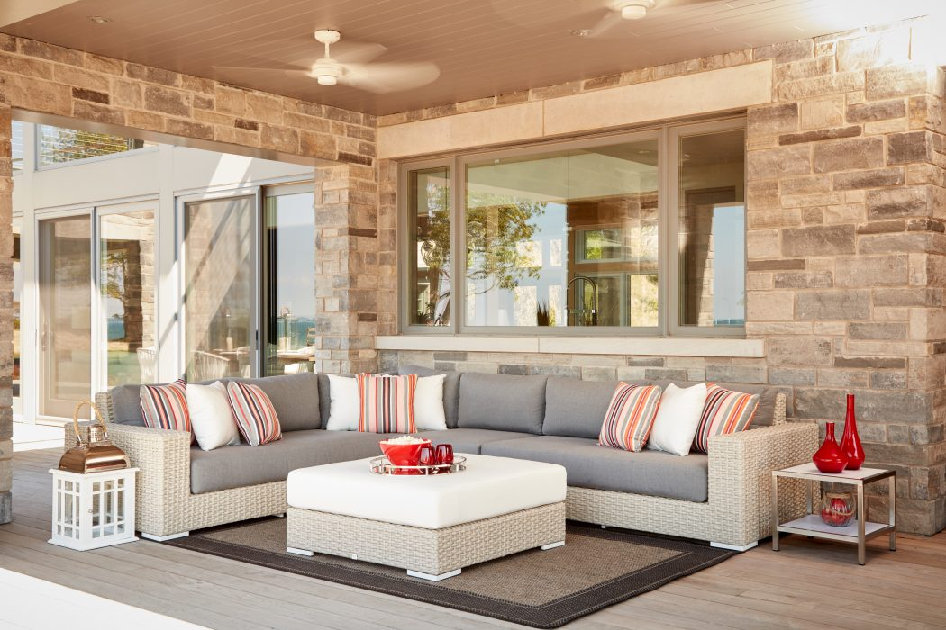 Vineyard Sectional in Ivory