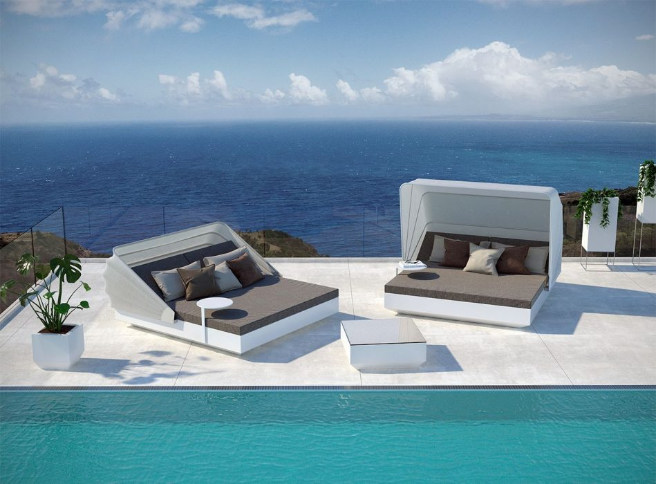 VONDOM Vela Daybed with Canopy