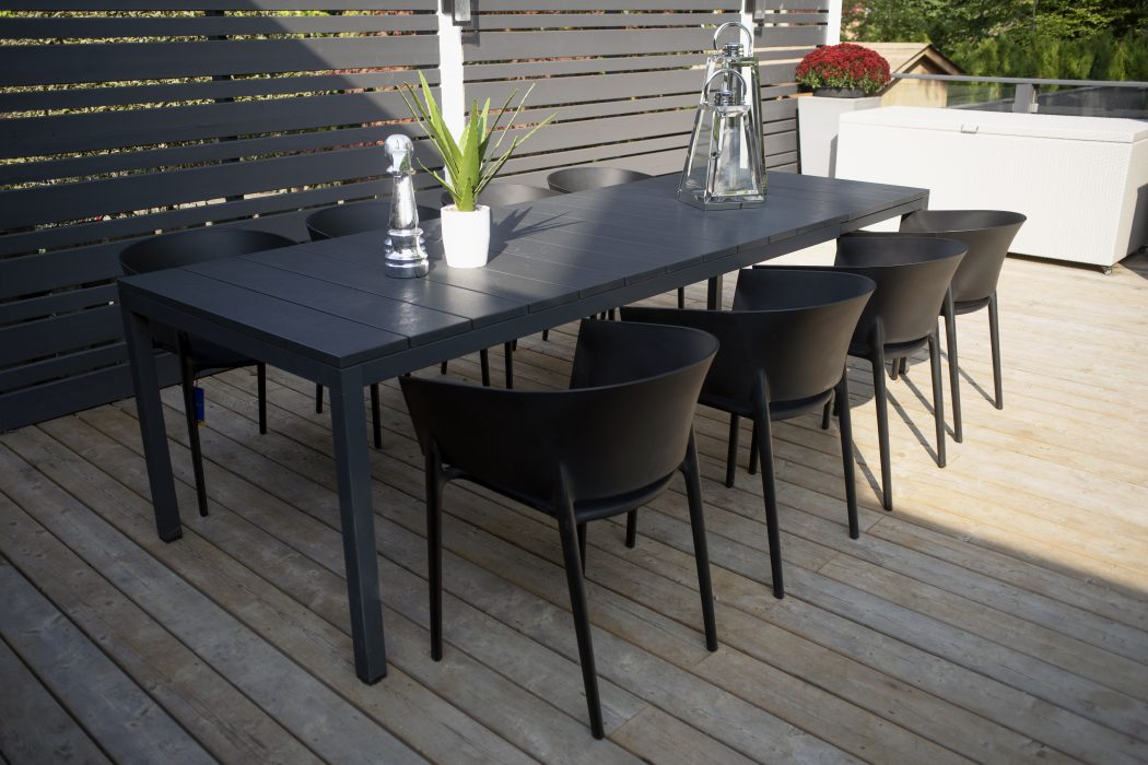 Milano Dining Table with Africa Dining Arm Chairs