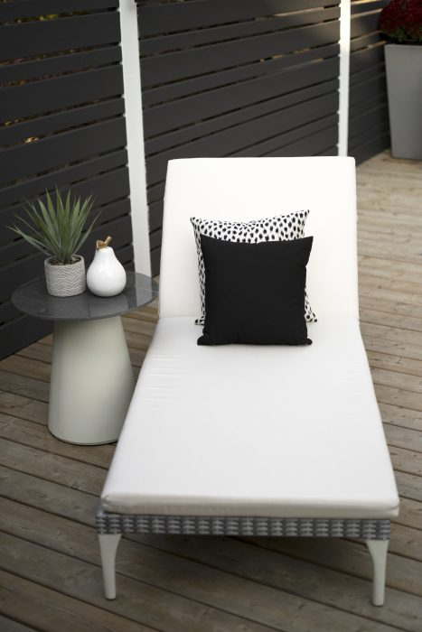 Sherida Chaise in Grey with Flo Round End Table