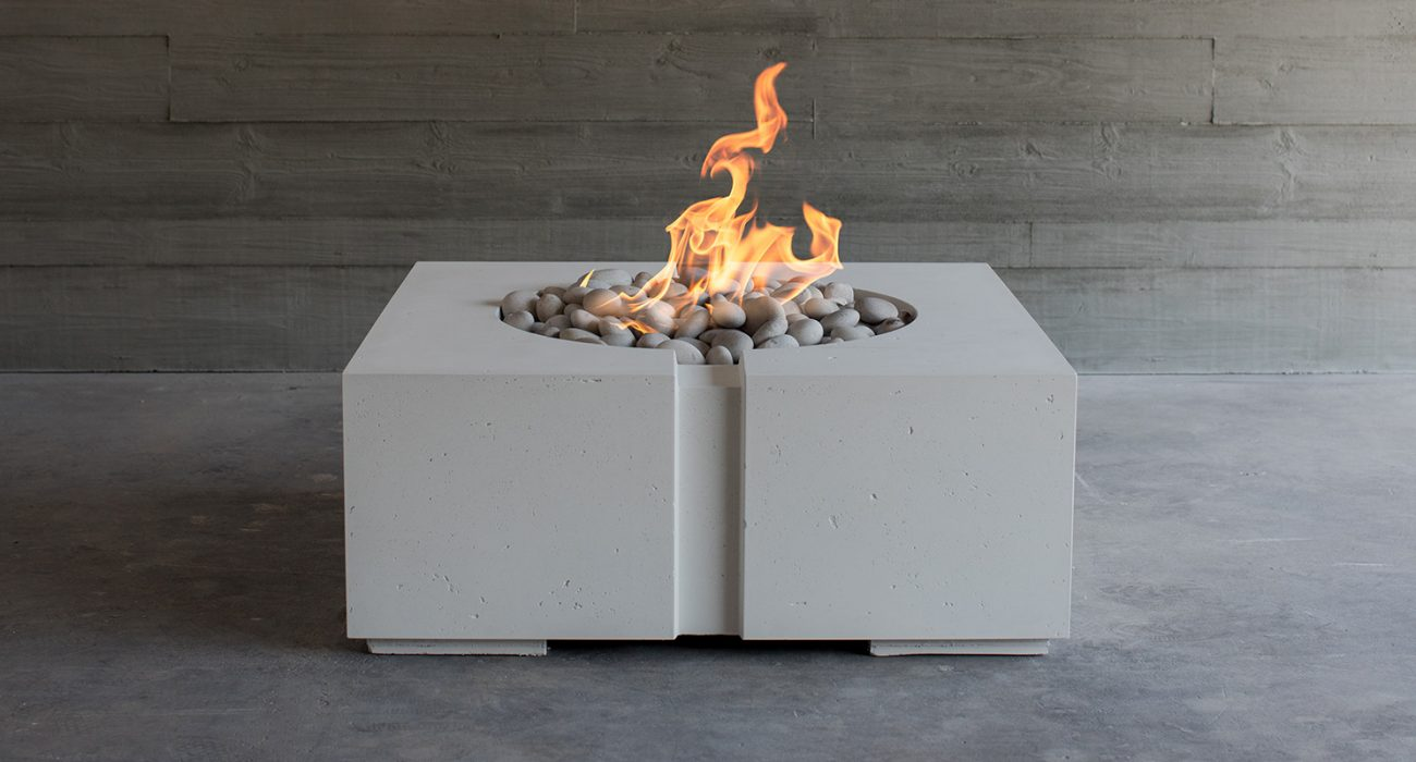 DEKKO Bravo Fire Pit