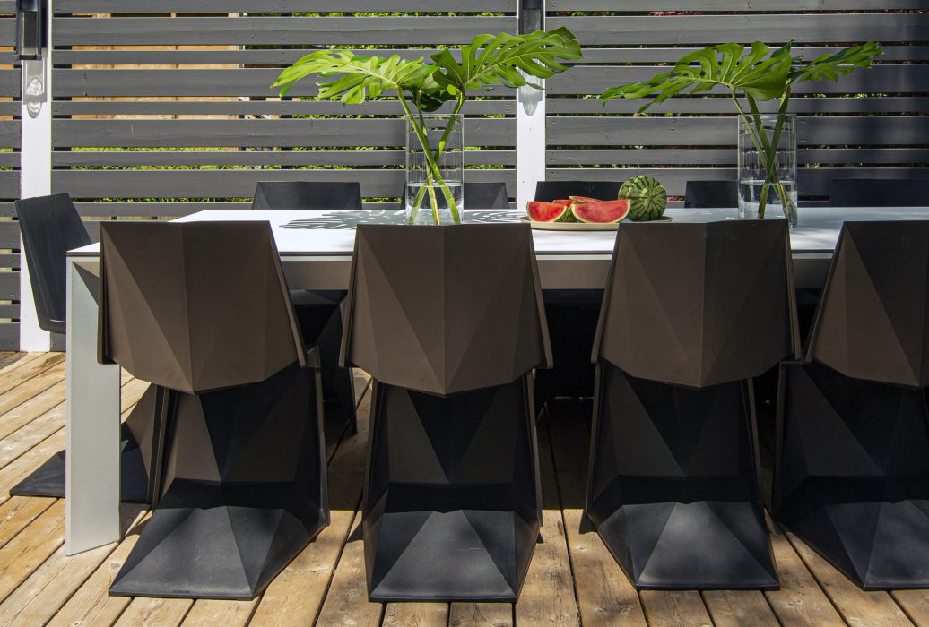 VONDOM Voxel Dining Side Chairs with the Frame Dining Table