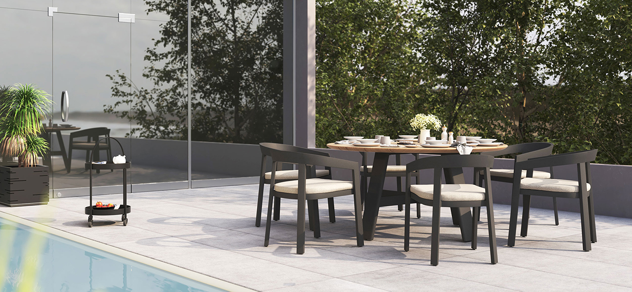 Octa Dining Table with Vento Dining Arm Chairs