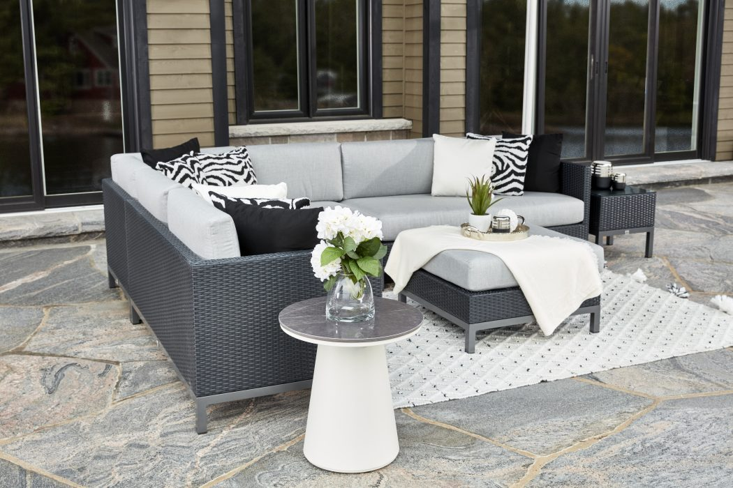 Alta Sectional in Black Wicker with Flo Side Table