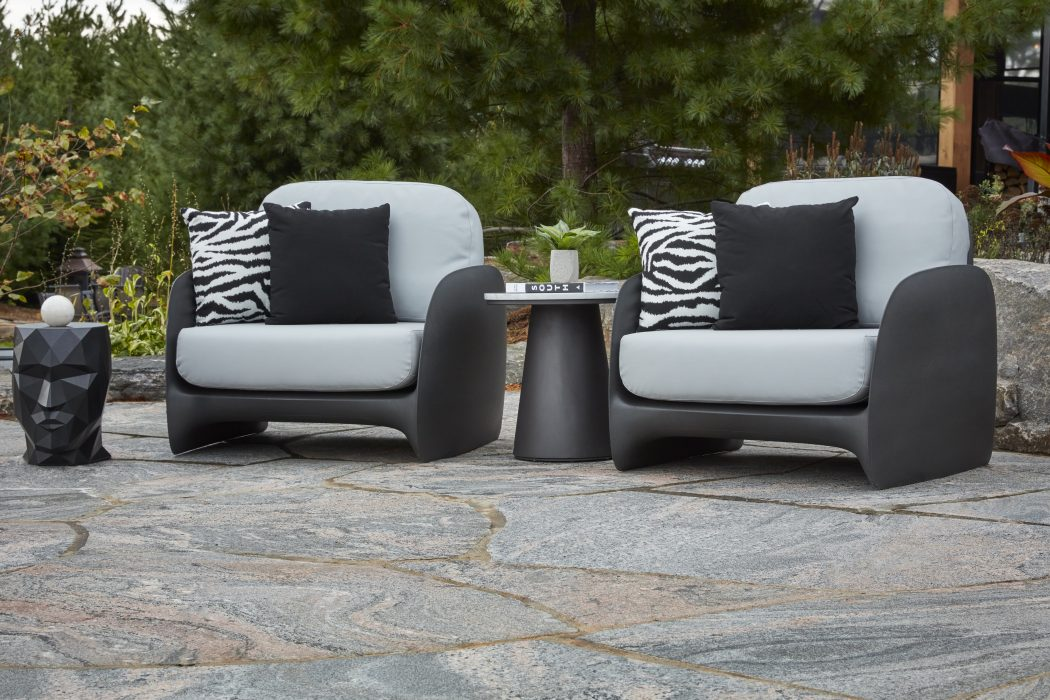 VONDOM Pezzettina Club Chairs in Anthracite with a VONDOM Adan Head and Flo Side Table