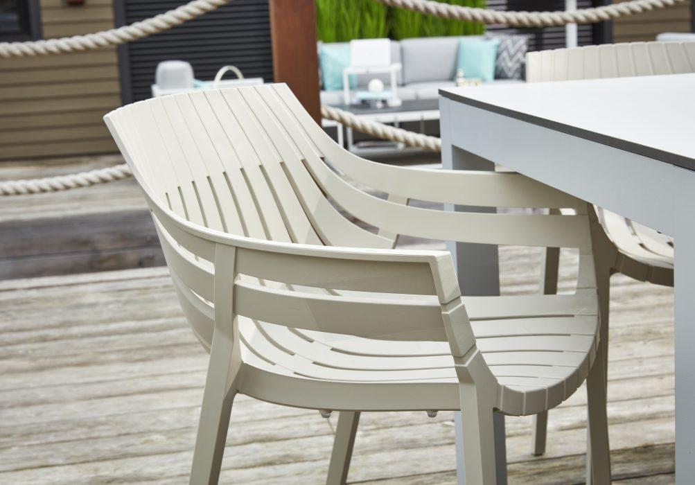 VONDOM Spritz Dining Arm Chair in Ecru
