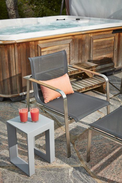 Echo Club Chairs with VONDOM Frame Stool