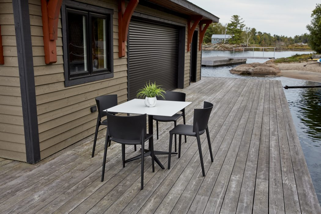 VONDOM Faz Dining Table with Africa Dining Side Chairs